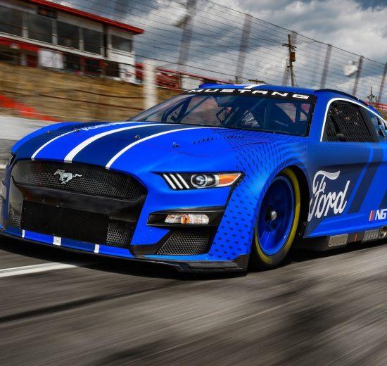 2022 Ford Mustang Next Gen NASCAR Cup Series Racer entra en escena