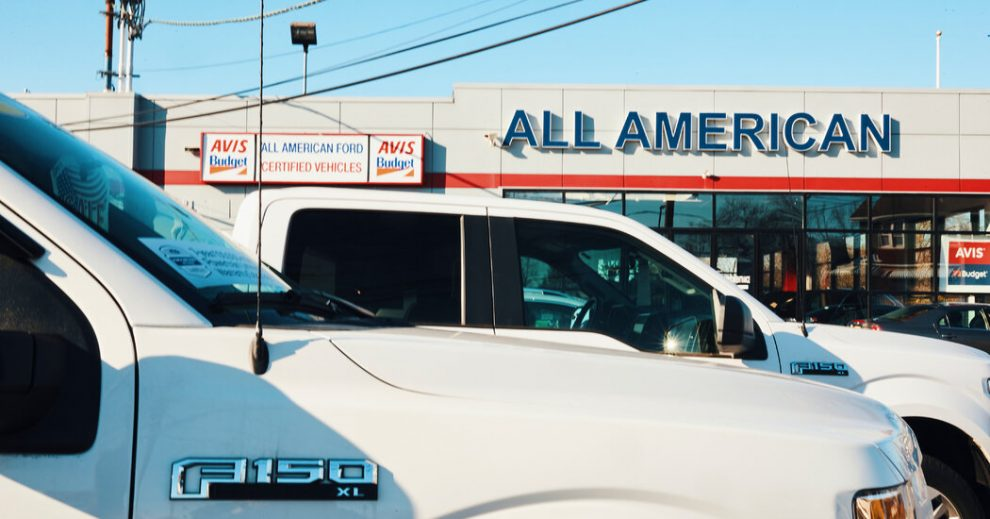 Las ventas de automóviles ayudaron a que la economía estadounidense tuviera un buen comienzo en 2021.