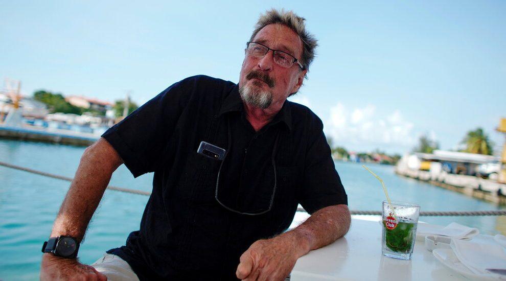 John McAfee, pionero del software convertido en fugitivo, muere en una prisión española