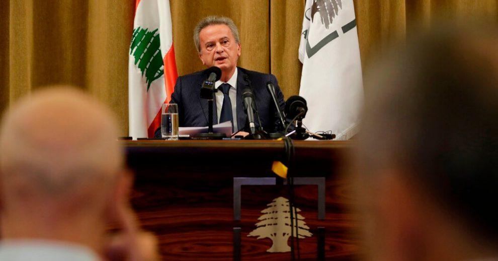 A medida que el Líbano se derrumba, el hombre con un control de hierro sobre sus finanzas enfrenta dudas