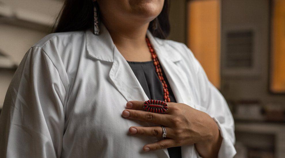 Capacitación de la próxima generación de científicos de datos indígenas