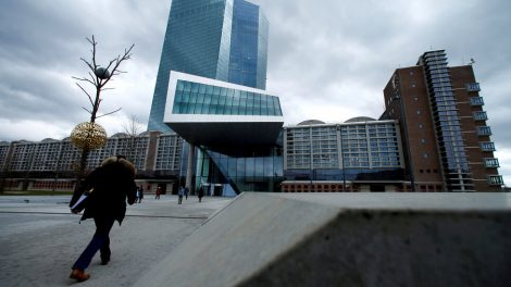 El Banco Central Europeo ajusta su estrategia para combatir la inflación
