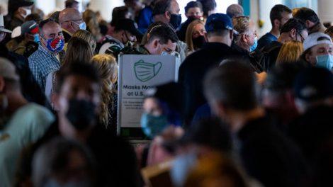 Las aerolíneas ven un aumento en los vuelos domésticos, superando las previsiones