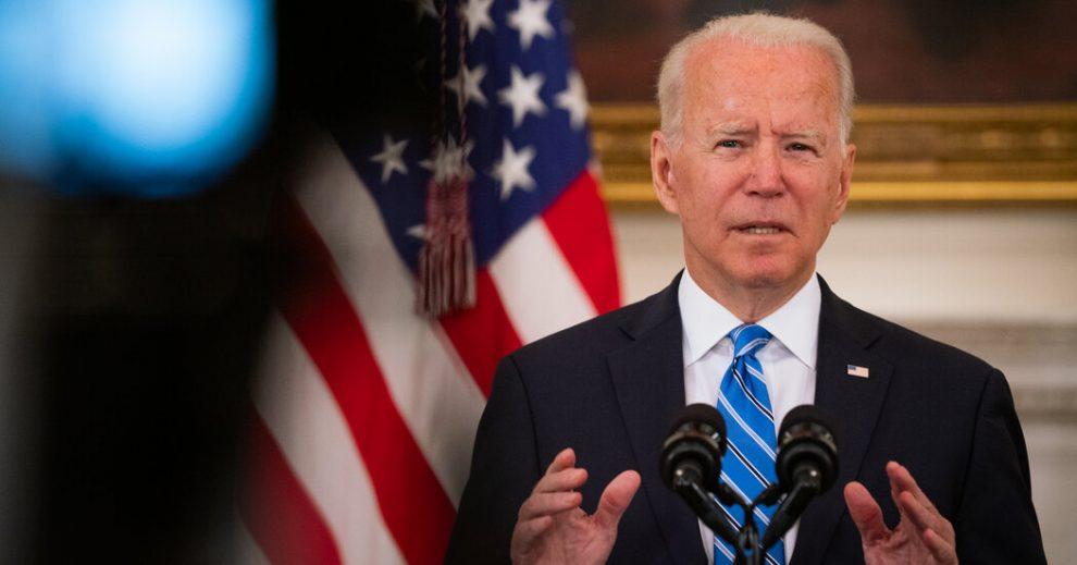 Los senadores y asesores de Biden luchan para salvar el acuerdo de infraestructura bipartidista
