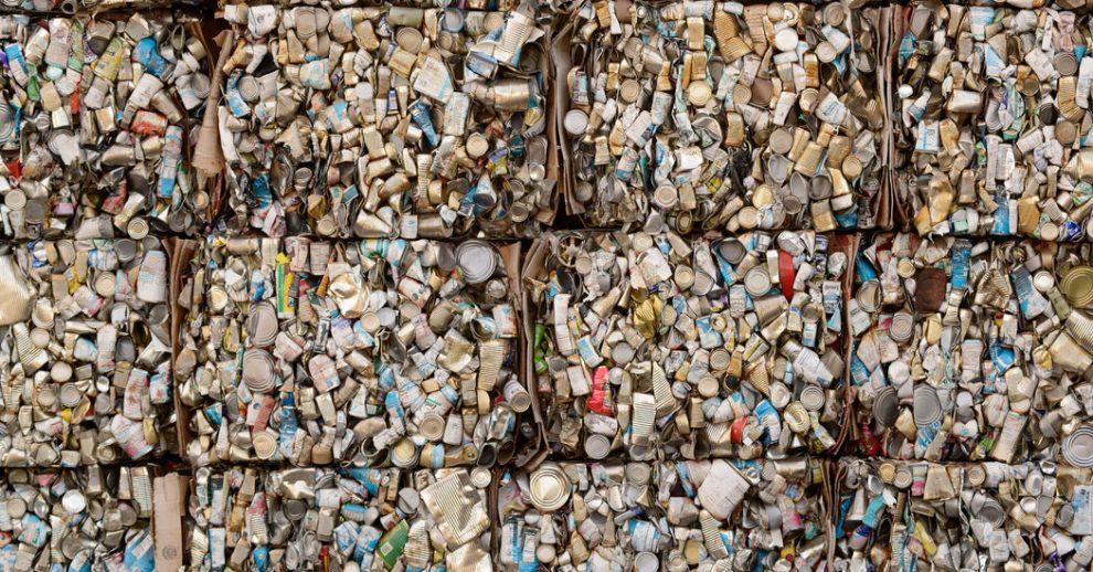 Maine hará que las empresas paguen por el reciclaje.  Vea como funciona.
