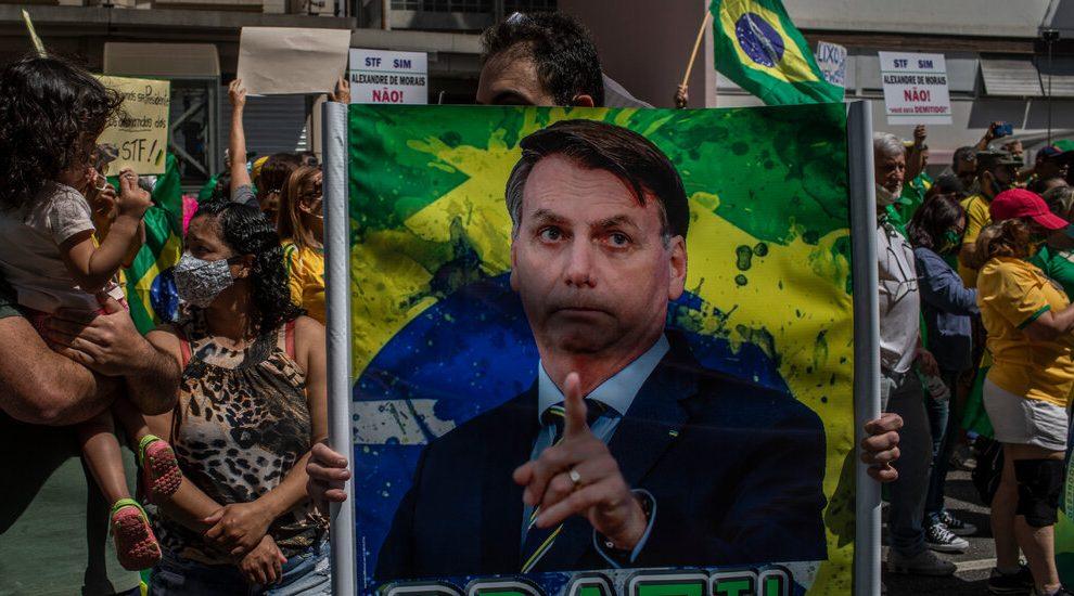 El presidente de Brasil prohíbe que las redes sociales eliminen algunos mensajes