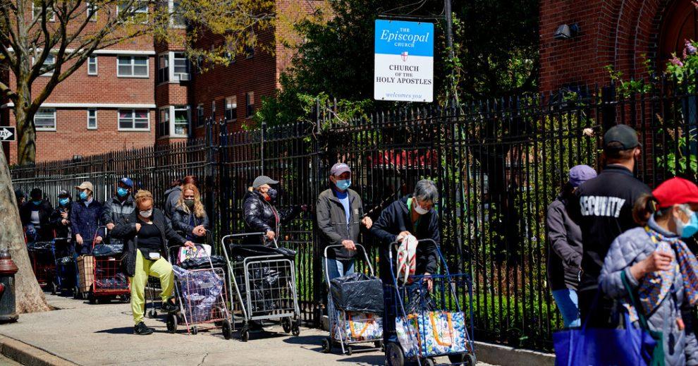 La pobreza en los EE. UU. Ha disminuido gracias a la ayuda del gobierno, muestra el informe del censo