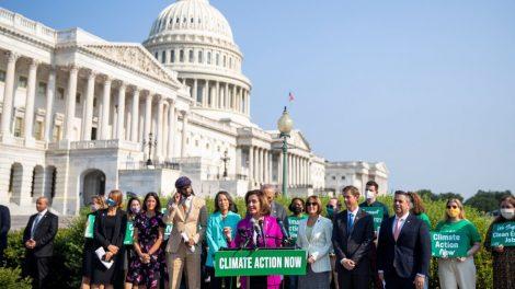 Los demócratas quieren un 'Cuerpo Climático'.  Simplemente no pueden ponerse de acuerdo sobre cómo crearlo.